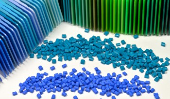 Plastic moulding materials